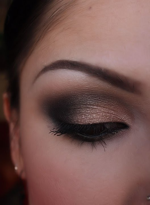 Black And Shimmery Nude Smokey Eye, Part 1