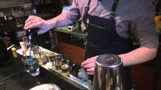 BarTrip - Видео гид по барам Москвы - #10 HELP Bar(http://www.youtube.com/user/bartripvideo?sub_confirmation=1 - Подпишись. Новые ролики два раза в неделю! https://www.facebook.com/BarTripRu ..., 2015-02-11T14:34:53.000Z)