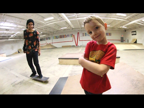 5 YEAR OLD SKATE COACH!?
