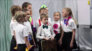 Детей во время большой перемены увидели родители Комсомольска в новом спектакле
