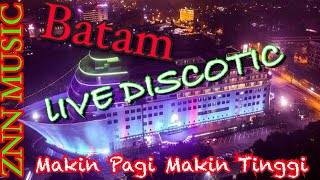 Download MAKIN PAGI MAKIN TINGGI DJ HOUSE MUSIC REMIX LIVE DISCOTIC 2020 VIRAL ZNNmusic 02