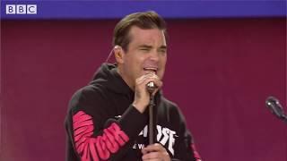 Robbie Williams - Angels (Legendado em PT-BR) Live HD