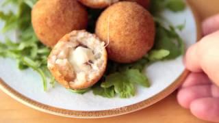 Рисовые шарики с сыром и ветчиной (Suppli al Telefono)