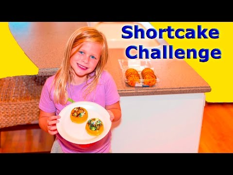 ASSISTANT Shortcake Cooking Challenge with Mickey Mouse + Minnie Mouse Funny Surprise Cake Video