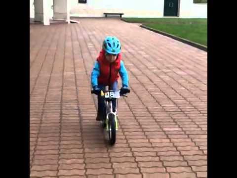 БЕГОВЕЛ, ранбайк, велосипед без педалей, велобег - YouTube