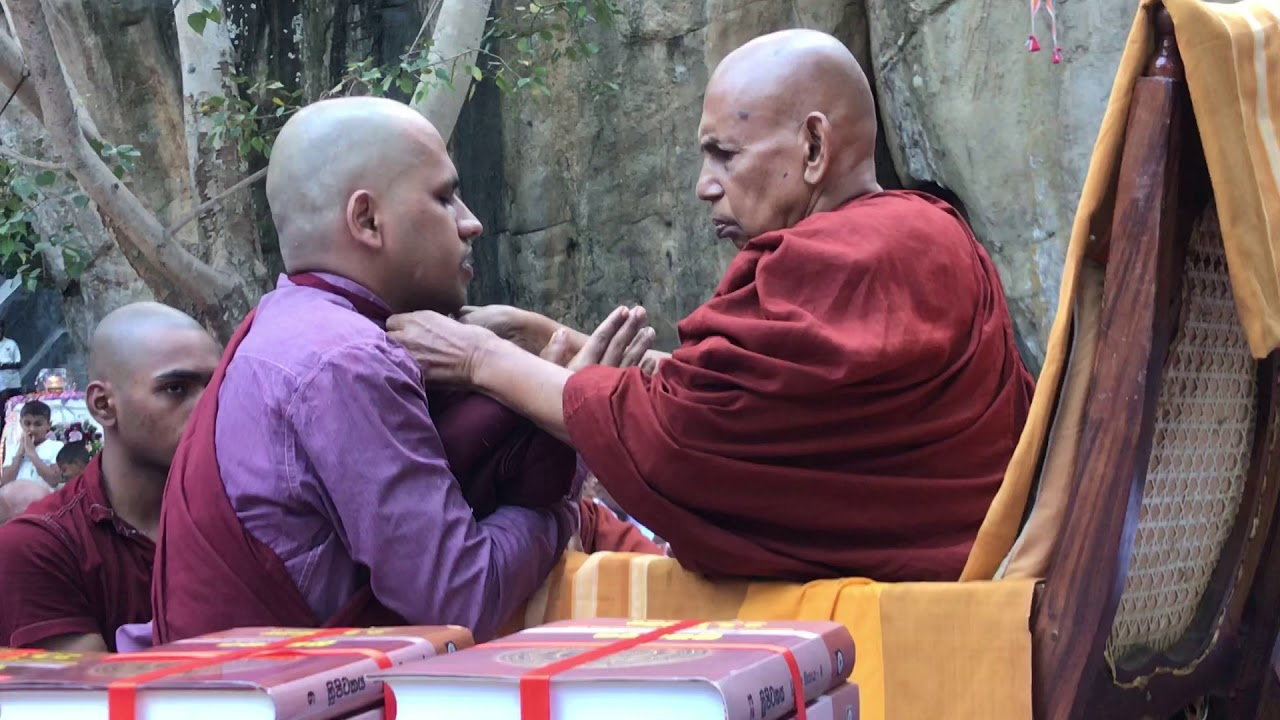 How to become a buddhist monk / Novice - YouTube