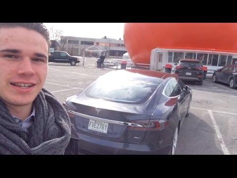 Exploring Montréal in a Tesla Model S 75D with AUTOPILOT