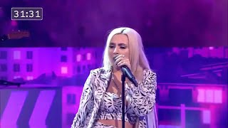 Ava Max Performs Torn Live (LUKE — GreatNightShow)