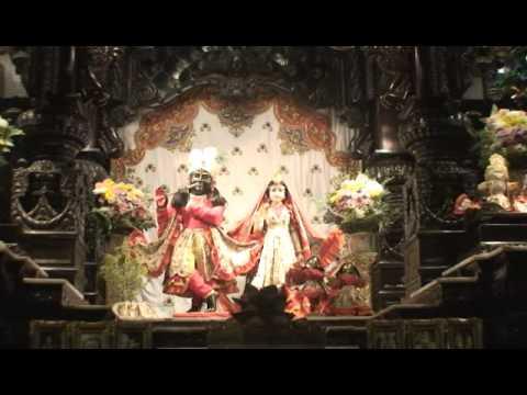 NY Eve Bhajan - Mukunda Datta das - Mangala Arati - 16/16