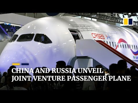 China, Russia unveil CR929, a model of joint venture passenger plane at Zhuhai Airshow