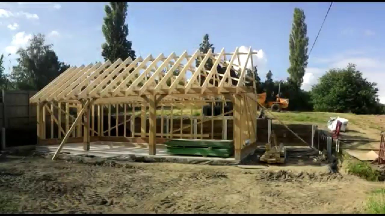 bespoke building oak timber framed garage youtube rh youtube com timber frame garage cost timber frame garage plans