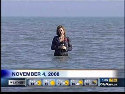 Reporter in water