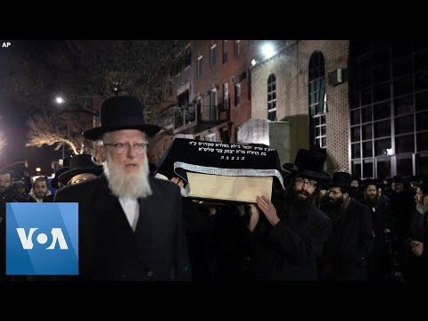Jewish Community Gathers
