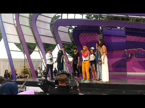 Eta Terangkanlah - Ria Ricis #INBOX live_SCTV @Pulogadung Trade Center#