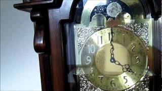 Electric Grandfather Clock.wmv