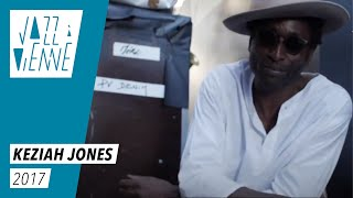 EN COULISSES - Keziah Jones - Jazz à Vienne