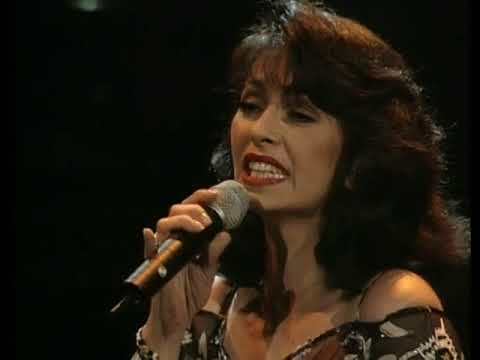 Laura Figi Live Royal Theatre Carre - 16.The Way He Makes Me Feel