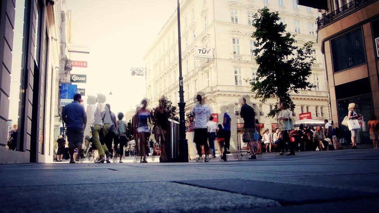 #6498, Personas En Plaza De Viena Caminando [Timelapse