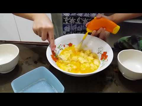 Three sisters one brother baking class :How to make homemade cupcakes part I