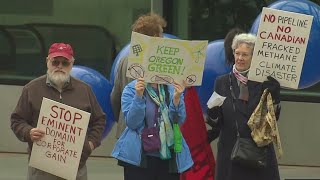 Protesters call out Portland Business Alliance