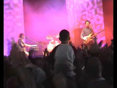Chas 'n' Dave at Glastonbury 2005