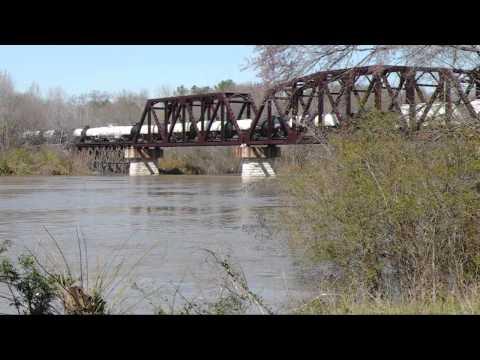NS 198 Crossing The Coosa River --3/11/2011  Childersburg, AL