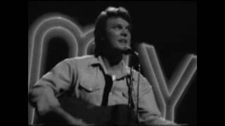 Watch Tommy Roe Sheila video