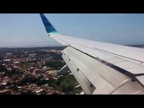 GA 136 Garuda Indonesia Landing At Depati Amir Airport, Pangkalpinang