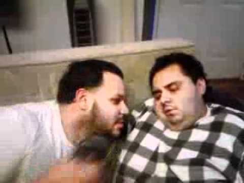 wario thinks hes having a painful dream..... lmao!!!