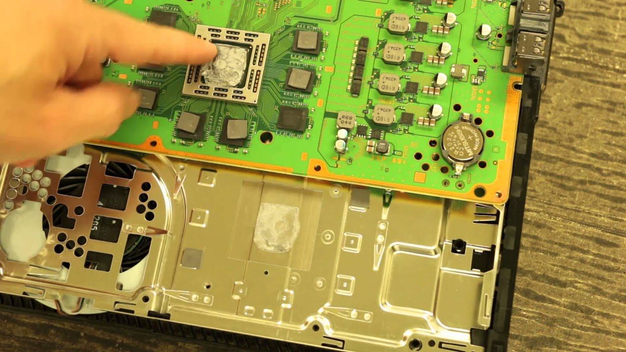 The PS4 Thermal Paste is Not Always The Problem!
