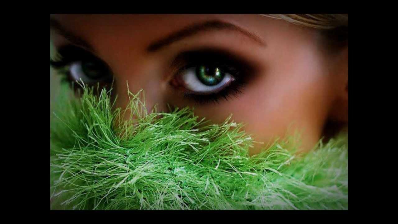 Willie Nelson And Julio Iglesias- Blue Spanish Eyes - YouTube