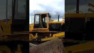 Traktor b 12 ta'mirlash uchun t 170 yuboradi.
