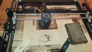 видео Лазерная гравировка на Соколе