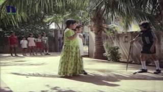 Ali Nikkar Falls Down In Funny Skit - Comedy Scene  - Nindu Noorellu Movie Scenes thumbnail