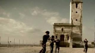 Смотреть клип Negrita - Rodando Hacia El Sur