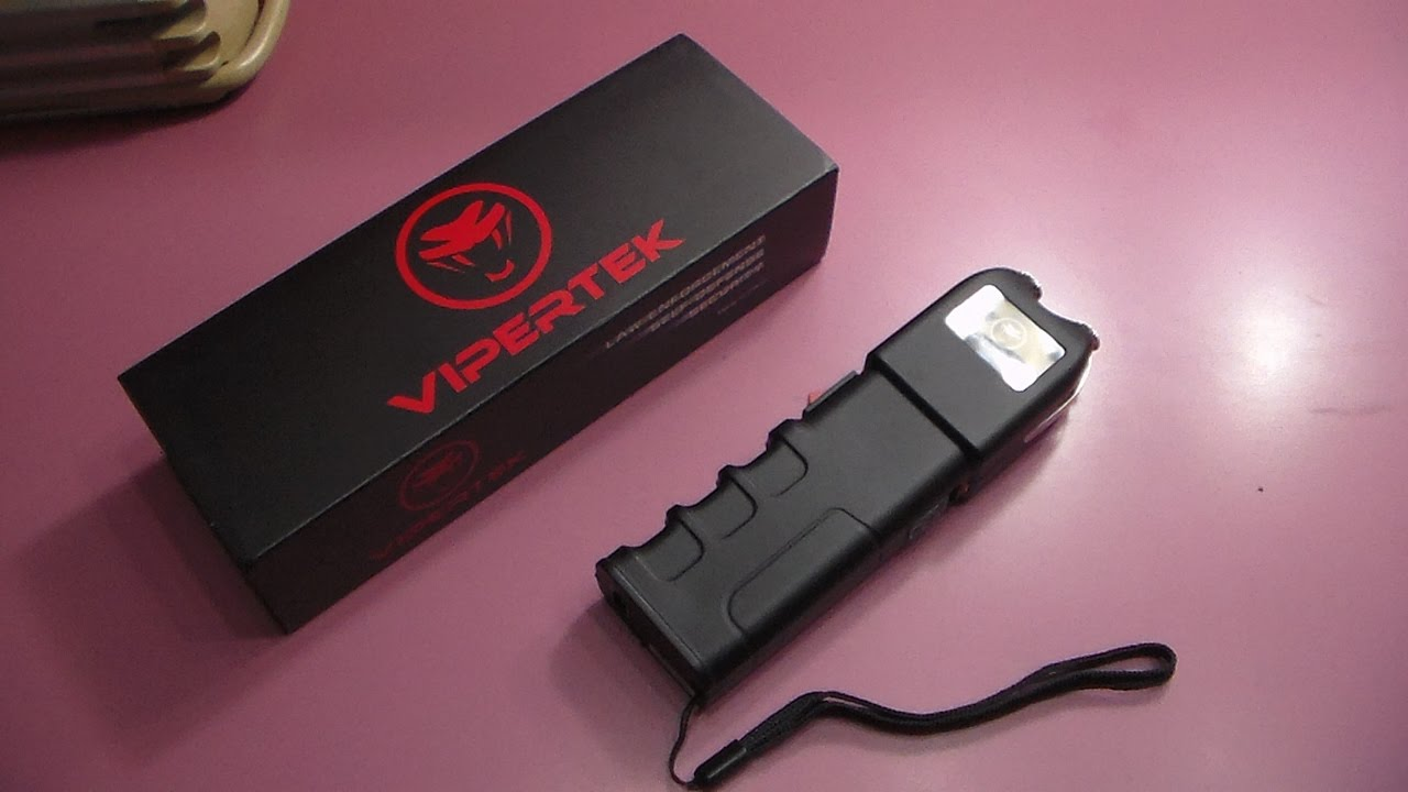 VIPERTEK VTS-989 - 230,000,000 Heavy Duty Stun Gun - Rechargeable with LED  Flashlight