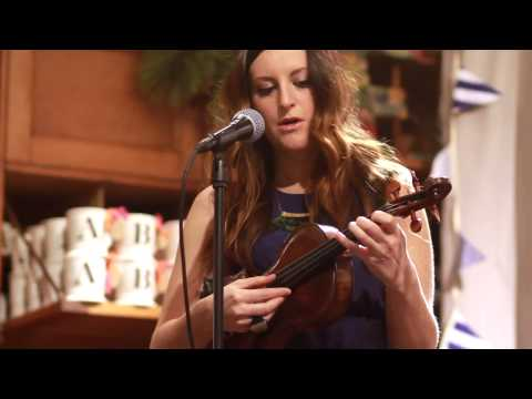 Amy Stroup's acoustic performance at our Nashville store | Anthropologie