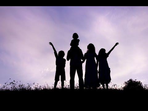 اليوم العالمي للوالدين تحت شعار -نقدر جميع الآباء في جميع أنحاء العالم-
