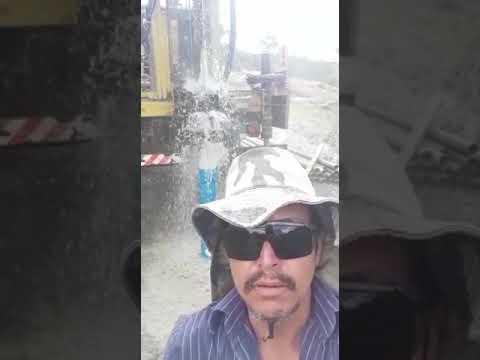 Charles Costa Poço Fazenda xandu -cidade  de  Maracás mais 30 mil litros de água
