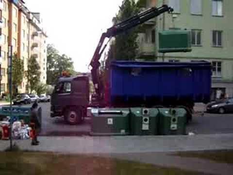 how dumpsters work in Sweden