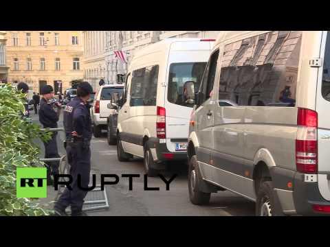 Austria: Kerry arrives at Iran nuclear talks in Vienna
