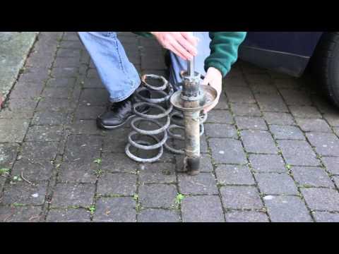 VW Golf Suspension with Broken Coil spring
