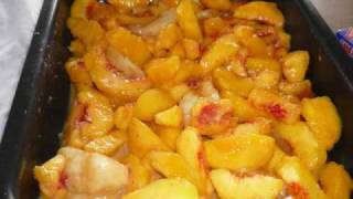 A Fresh Summer Peach Cobbler