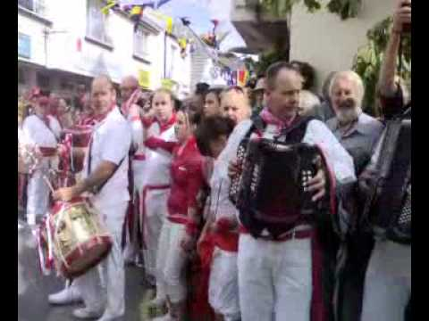 Padstow Old Obby Oss 2009 ( May day  Part 1)
