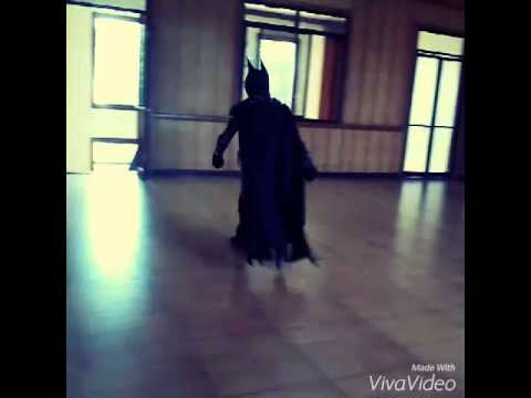 Batman Arkham Knight Cosplay (BriJogno)