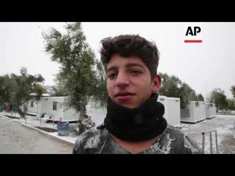 Migrants on Lesbos endure freezing weather