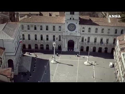Coronavirus, Padova vista dall'alto: la citta' e' deserta
