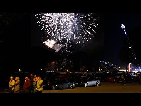 ★ Feuerwerk Cannstatter Volksfest / Wasen 2015 ★ Innovative Pyrotechnik [4K]