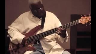 エイブラハム・ラボリエルのベース・ソロ! Abraham Laboriel amazing bass solo!!