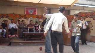Video Jhamke Guleli by kamalikanta bhetwal At Nepal Collge Of IT download MP3, 3GP, MP4, WEBM, AVI, FLV Juli 2018